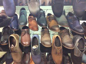 عمده فروشی و پخش انواع کفش های چرمی تهران