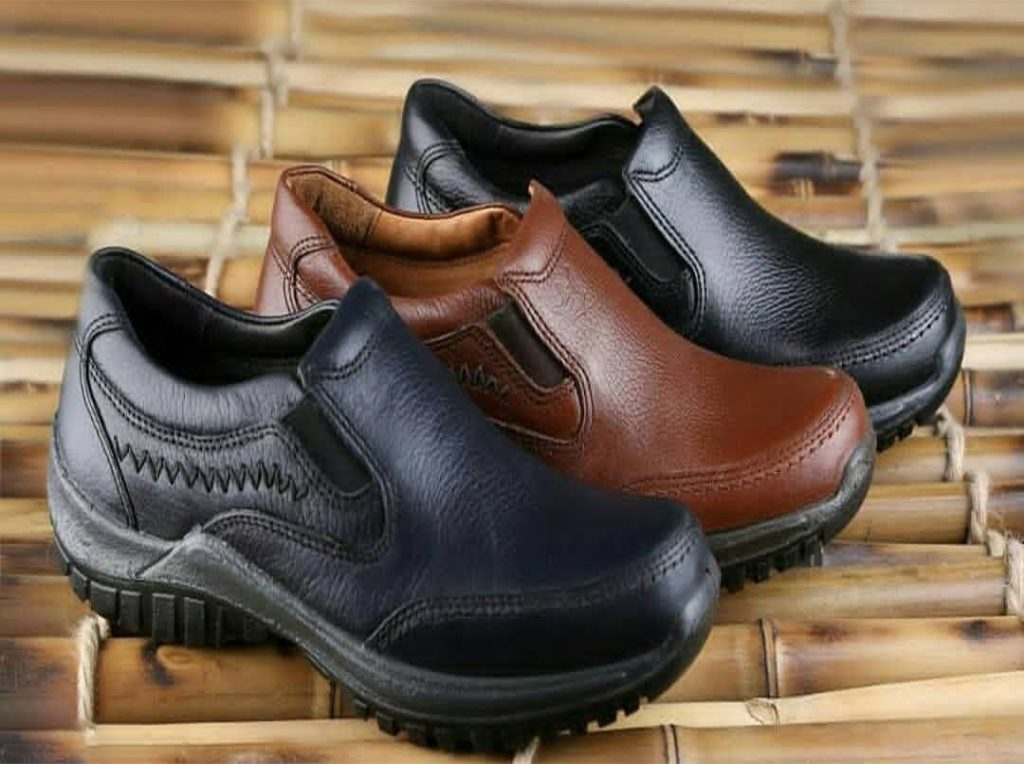 تولیدی کفش طبی مردانه چرم کلارک در ایران